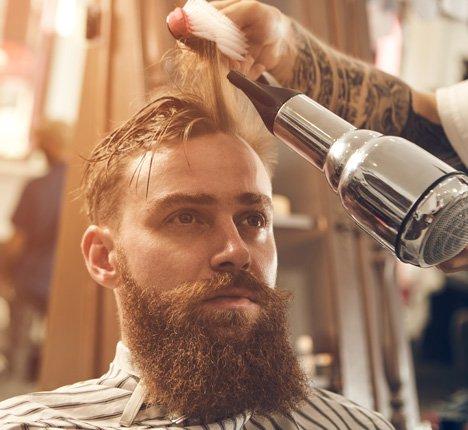 Klient korzystający zterminarza dla barberów